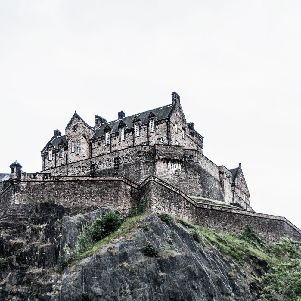Scotland and the isle of skye by train a travel guide for Travel to edinburgh scotland