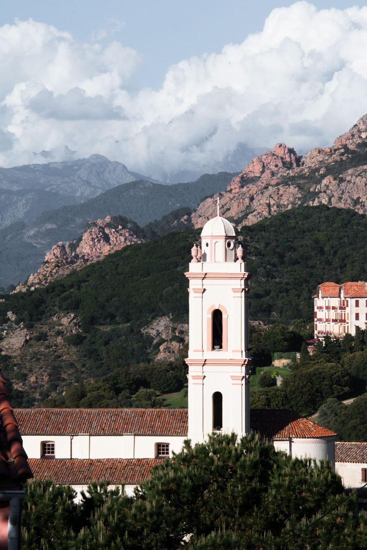 Korsika Piana kirke