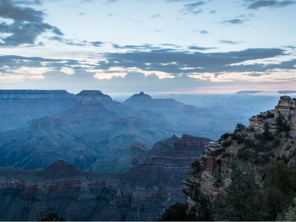 Grand Canyon solopgang ved Navajo