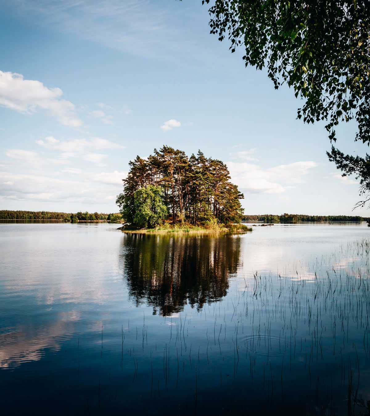 Nature attractions in Småland, Sweden – Åsnen National Park and Little Rock Lake
