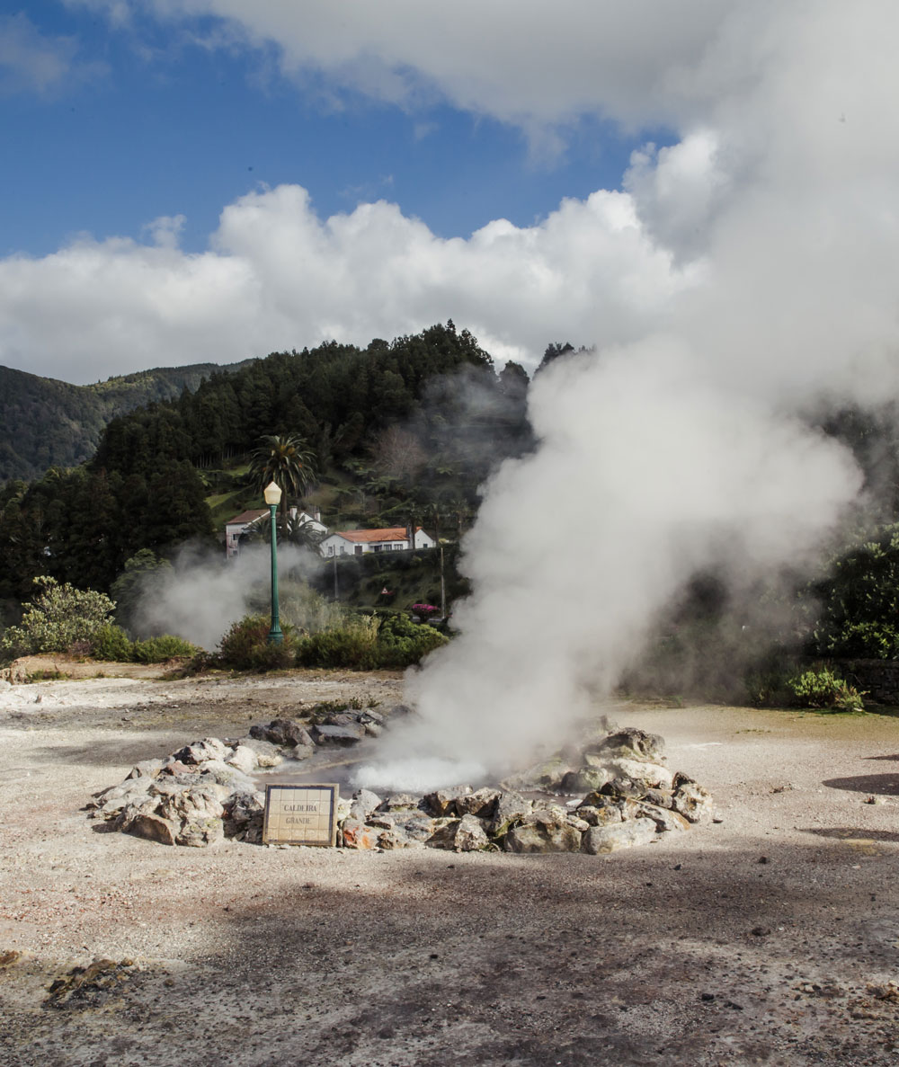Azorerne - en rejseguide / Caldeira Das Furnas