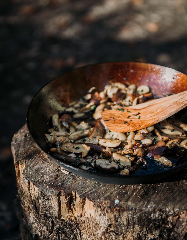 Vi tilbereder vilde svampe